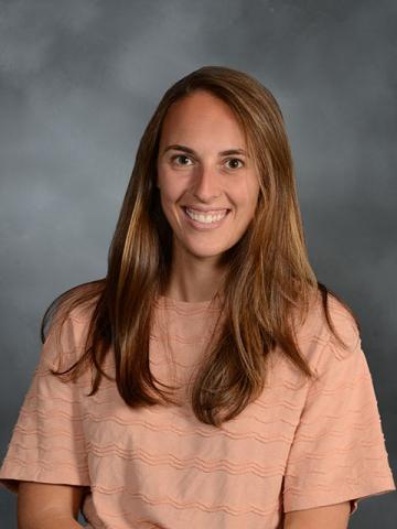 Dr. Nicole Cornet