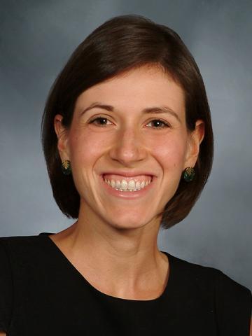 Dr. Laura Pinheiro